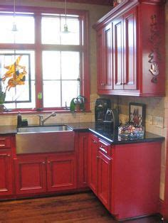 what of paint on kitchen cabinets white counters paint is sherwin williams agreeable 2146