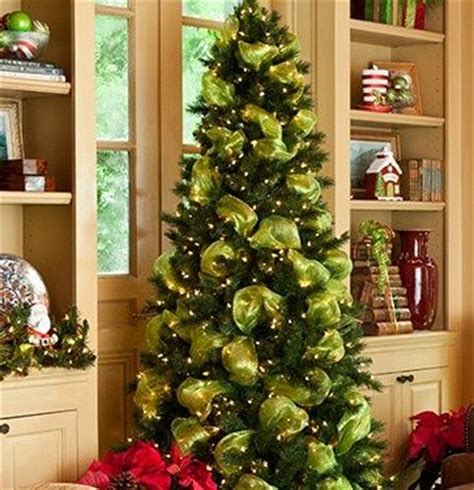 decorating a christmas tree with mesh netting trees decorated with mesh netting is an pinboard organize and