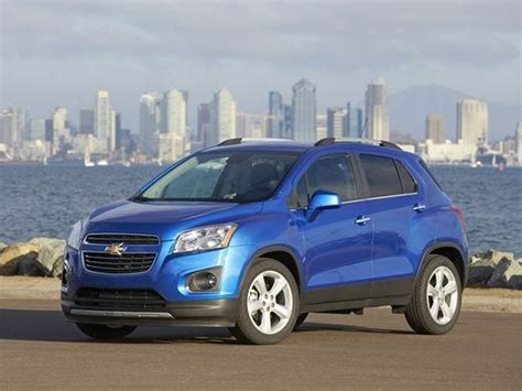 Small Chevrolet Suv by Chevrolet S Small Trax Suv Starts 21 000