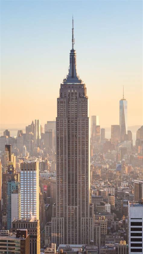york city buildings  sunny day sunlight
