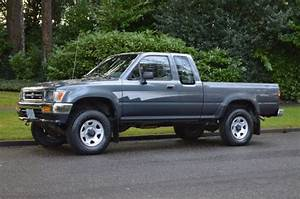 1 Owner   1992 Toyota Pickup Extra Cab 4x4 V6 5