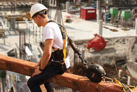 fall protection harness    safetyhealth magazine
