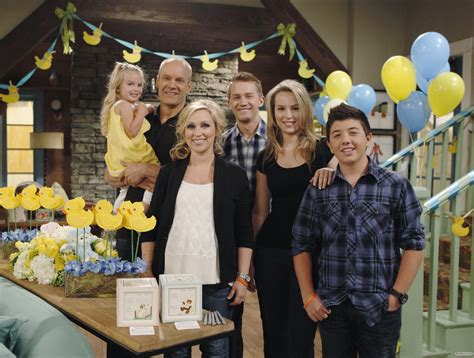 Good Luck Charlie Theme Song  Movie Theme Songs & Tv