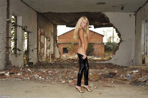 Eroberlin-Helen-F-skinny-russian-shiny-leggings-teen