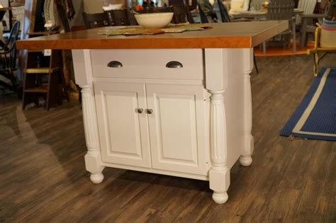 amish kitchen island 1000 images about amish kitchen islands on