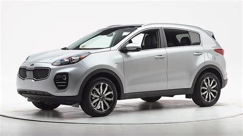 2017 Kia Sportage Proves Its Crashworthiness, Earns Top
