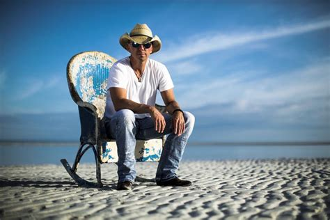 Kenny Chesney Blue Chair by Kenny Chesney Launches Blue Chair Bay Rum Country