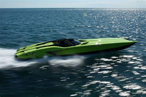 Lamborghini Veneno Boat by This Green Lamborghini Aventador Comes With A Matching