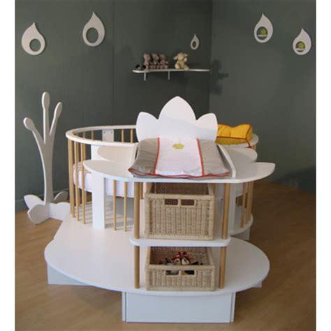 chambre bébé lit bébé évolutif îlot nénuphar et