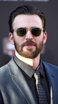 Chris Evans Height, Weight, Age, Measurements, Net Worth ...