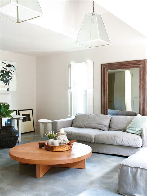 Decorating Ideas To Make A Room Look Bigger by Four Tips To Make A Small Room Look Bigger