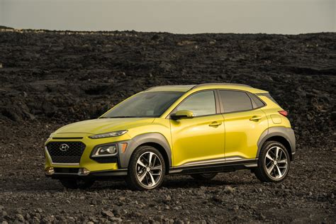 Kona is a great designed model, and thanks to its compact dimension, this suv provides excellent headling and is easy to park. New 2021 Hyundai Kona Facelift, Dimensions, Interior ...