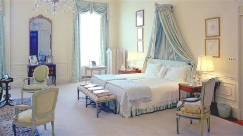 jackie kennedys white house bedroom included unique feature architectural digest