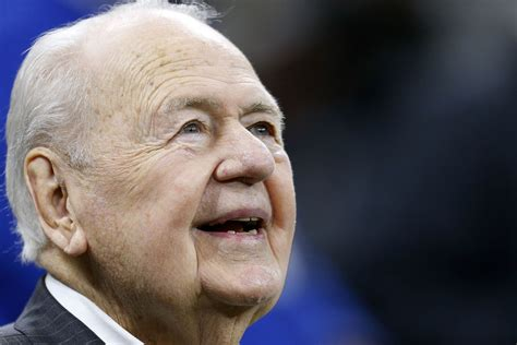 orleans saints owner tom benson dead   celebrity
