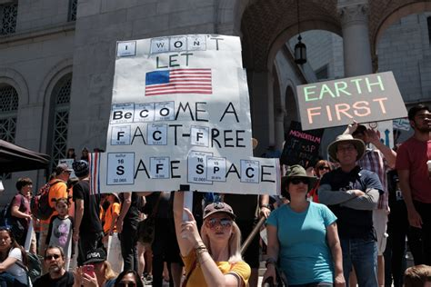 The DUMBEST Protest Signs From The 'Science March'