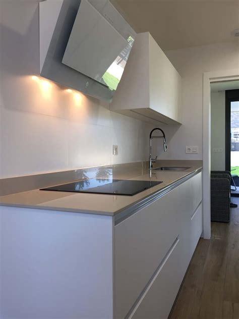 cocina alargada cocinas vitoria tierra home design