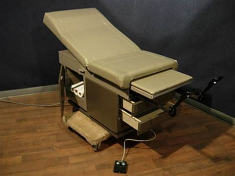 used exam tables for sale used ritter 107 006 exam table for sale dotmed listing