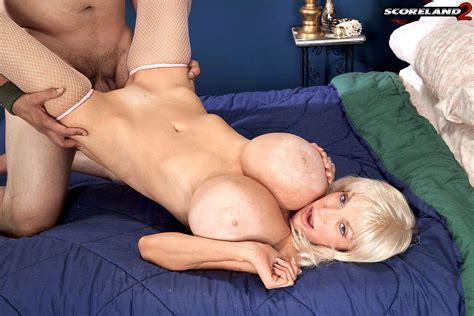 Sex Hd Mobile Pics Score Land Dee Dee Deluxx Seek