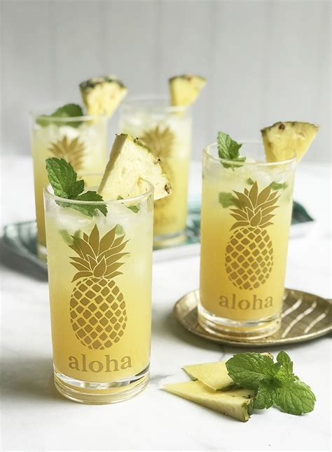 cricut premium vinyl pineapple drink glasses pineapple