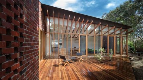A Beautiful Melbourne House That Connects With Its Exteriors by An Open And Shut Reinventing An Melbourne