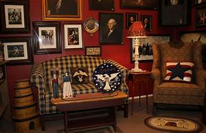 Colonial house colonial and early american decorcolonial for American home life furniture