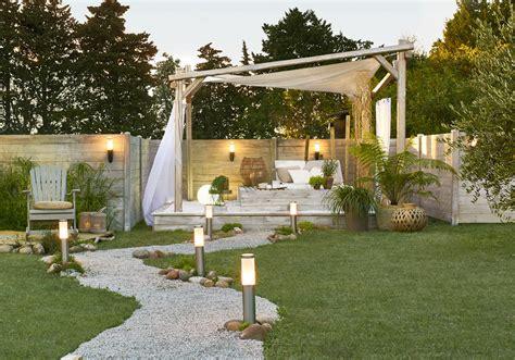 amenagement jardin nos idees pour  jardin gai  cosy