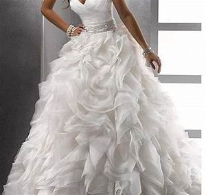 Absolutely gorgeous sweetheart ballroom wedding dress for Ballroom gown wedding dress