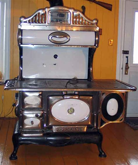 poele a bois cuisine la maison québécoise culture et patrimoine deschambault