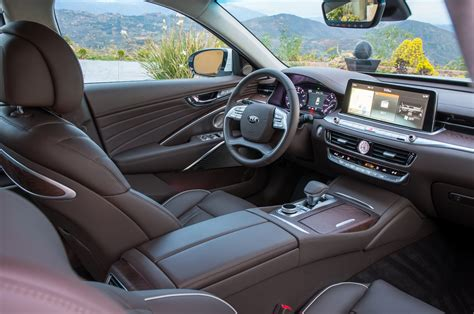 k and k interiors kia on the 2019 k900 you ll no words except