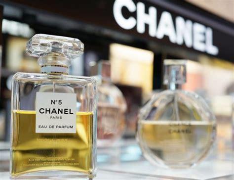 chanel perfumy jakie zapachowe sekrety skrywa ta marka