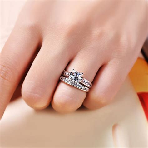 wear wedding ring stylewile