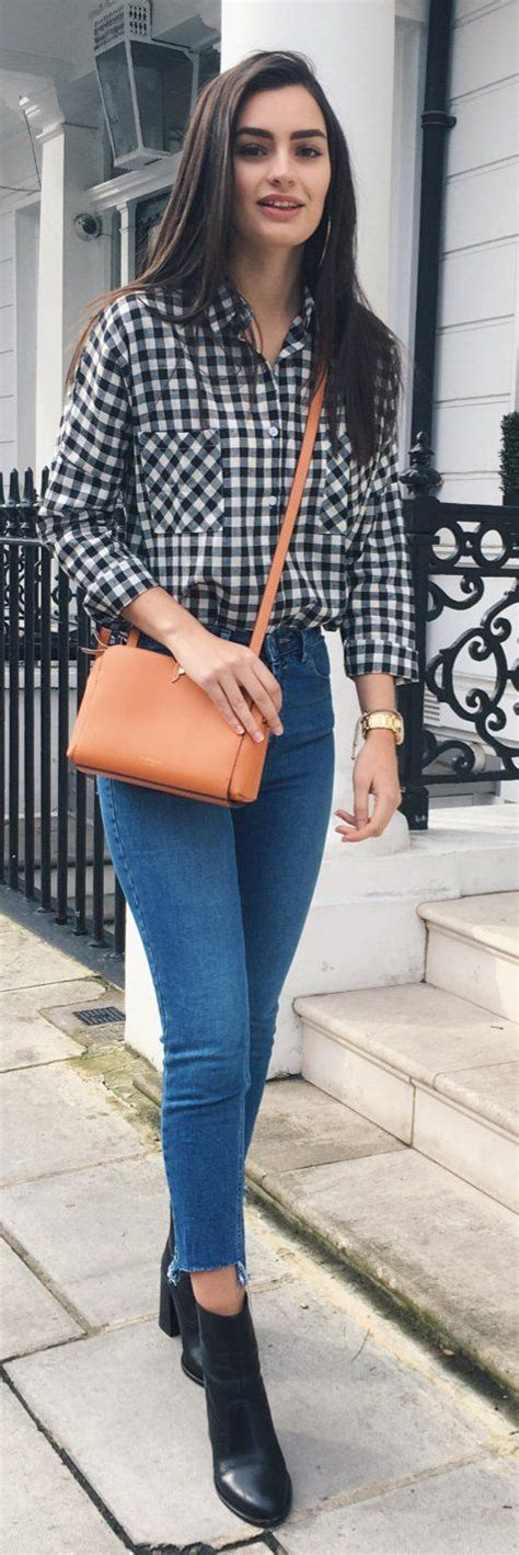 Best 25+ Jean shirt outfits ideas on Pinterest | Winter looks Leggings outfit winter and Denim ...