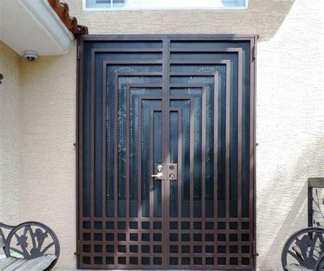 luar biasa model pintu besi minimalis terbaru