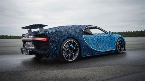 Lego built a drivable bugatti chiron out of a million pieces of technic. Lego has created a drivable life-size Bugatti Chiron   The Torque Report