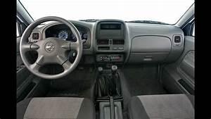 Desmontar Estereo Nissan Np300    Jmk