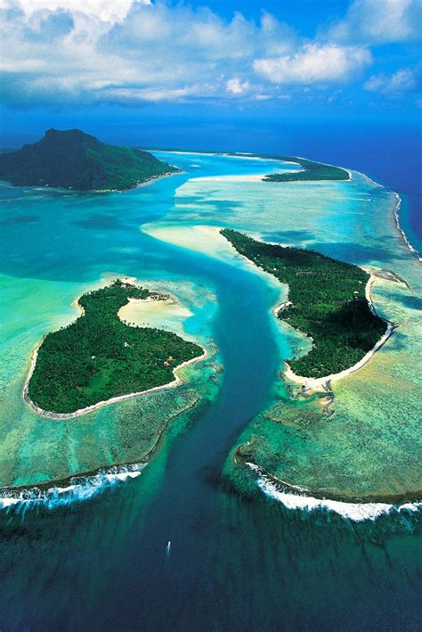 The Pass Of Onoiou At Maupiti Society Islands French