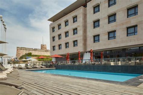hotel newhotel  marseille vieux port air corsica