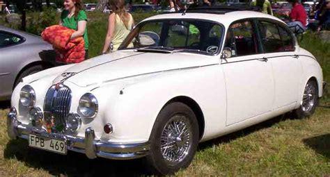File:Jaguar Mark II 3,4-Litre Saloon 1966.jpg - Wikimedia ...