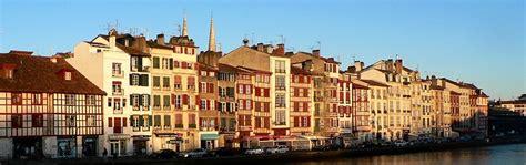 chambres d hotes pays basque bayonne ville d et d histoire capitale du pays basque