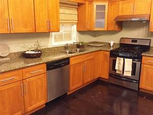 Granite countertops with honey maple cabinets imanisrcom for Kitchen colors with white cabinets with parking violation stickers