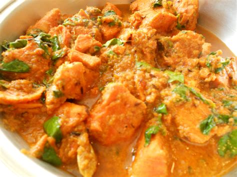 curry cuisine pan salmon with yogurt fresh herbs methi dhone