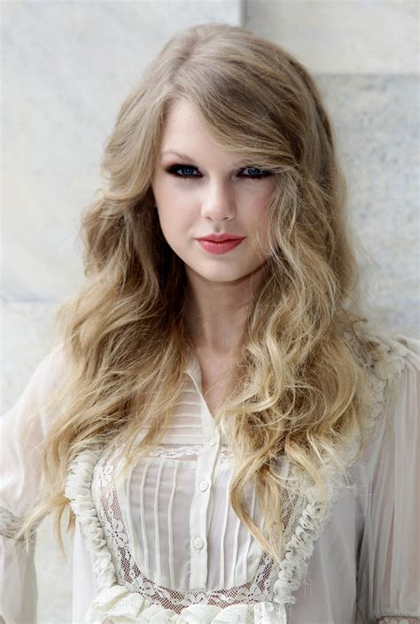 taylor swift sophisticated