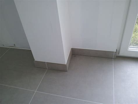 angle de plinthe de cuisine carrelage design angle carrelage moderne design pour