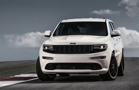 2017 Jeep Grand Cherokee Gets New Shifter, Electric