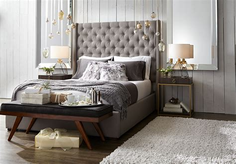 Rustic Glam Holiday Decorating Ideas For The Bedroom