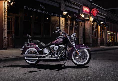 Harley Davidson Boy 4k Wallpapers by 2017 Harley Davidson Softail Deluxe Hd Wallpaper