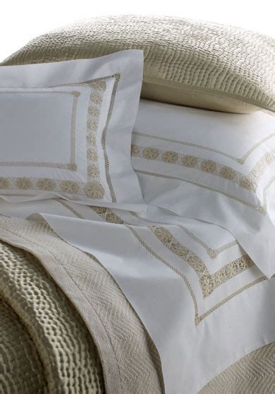 Léron  Connoisseur Collection  Bespoke Bed Linens