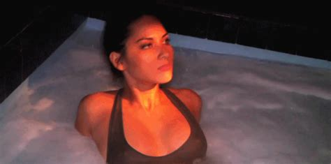 Heres Why You Should Never Have Sex In A Hot Tub Ever Again Maxim