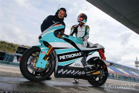 moto  equipos  decoraciones motorbike magazine