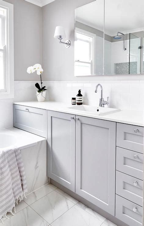 Gray And White Bathroom Ideas by Best 25 Gray And White Bathroom Ideas On